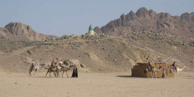 Il deserto alle spalle del Mar Rosso