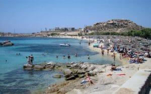 Mykonos è una della classiche destinazioni delle vacanze LGBT