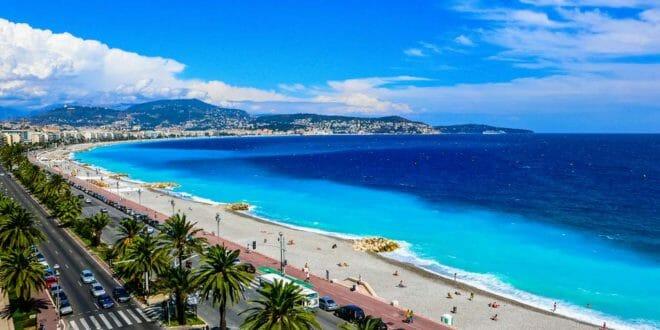 Nizza, la spiaggia e il lungomare