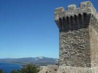 Populonia e Baratti, il golfo e la torre