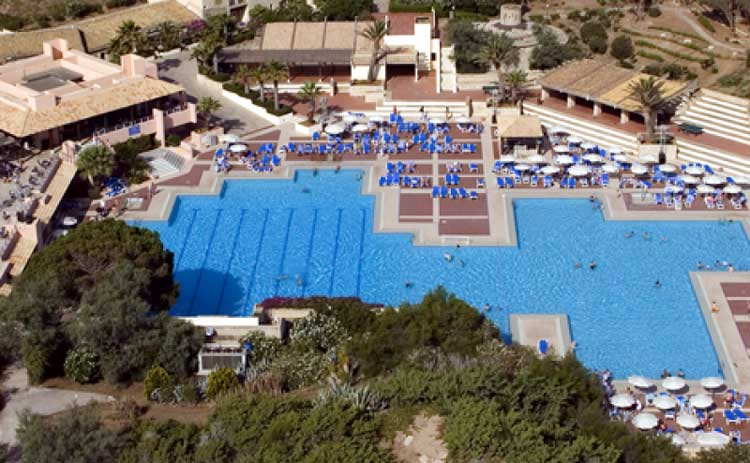 Club med in italia opinioni e offerte sui villaggi all for Villaggio kamarina