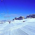 Il ghiacciaio è perfettamente battuto per lo sci estivo sullo Stelvio