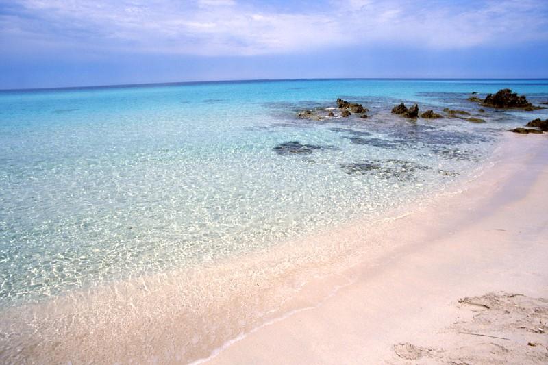 Guida alle migliori spiagge della corsica foto e for Villaggi vacanze barcellona